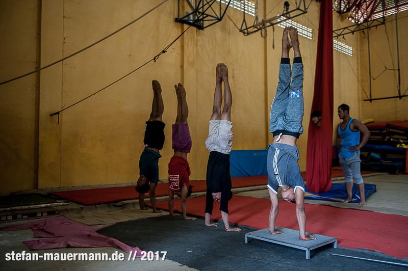 Fotoreportage über Phare Circus, Cambodia